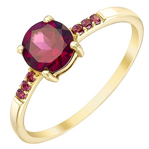 9ct Gold Garnet Ring With Stone Set Shoulders