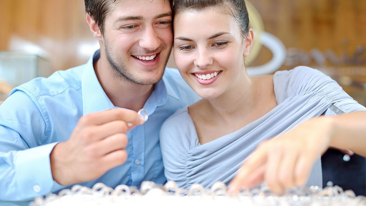 Choosing An Anniversary Ring Guide